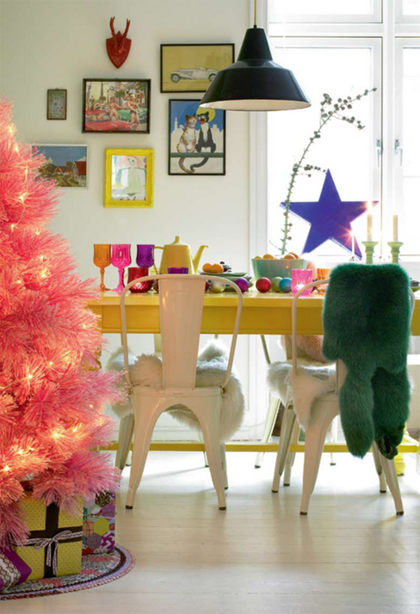 2+Christmas+Tree+Funky+Pink+via+My+Paradissi+source+home+and+garden.jpg