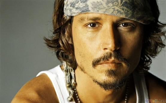 4+BEACH+SHACK+CHIC+4+Johnny+Depp+pirate+via+openwallscom.jpg