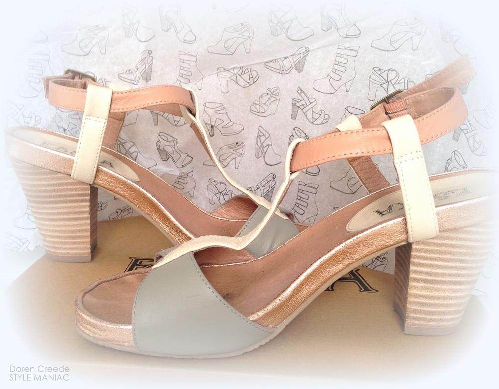 BUS+STOP+Esska+Jinx+sandal+photo+Doreen+Creede+STYLE+MANIACIMG_5361.JPG