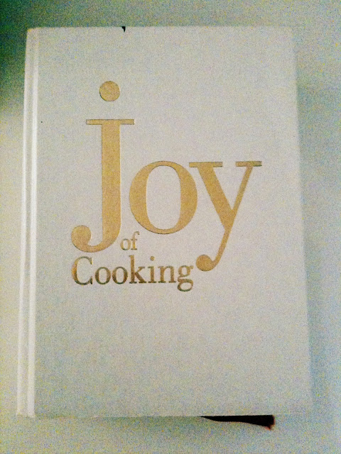 7a+COOKBOOK+Joy+of+Cooking+1997+edition+Rombauer+Becker+Becker+photo+by+Doreen+Creede+Style+Maniac+cinemascope+effect.JPG