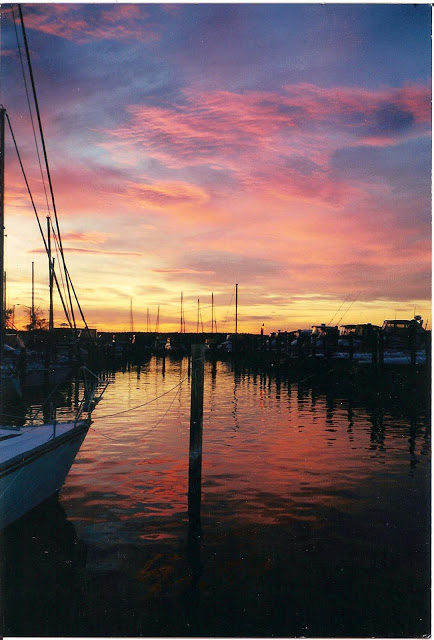 Bay Sunset, Mears Point Marina, Kent Narrows, MD / photo: Doreen Creede