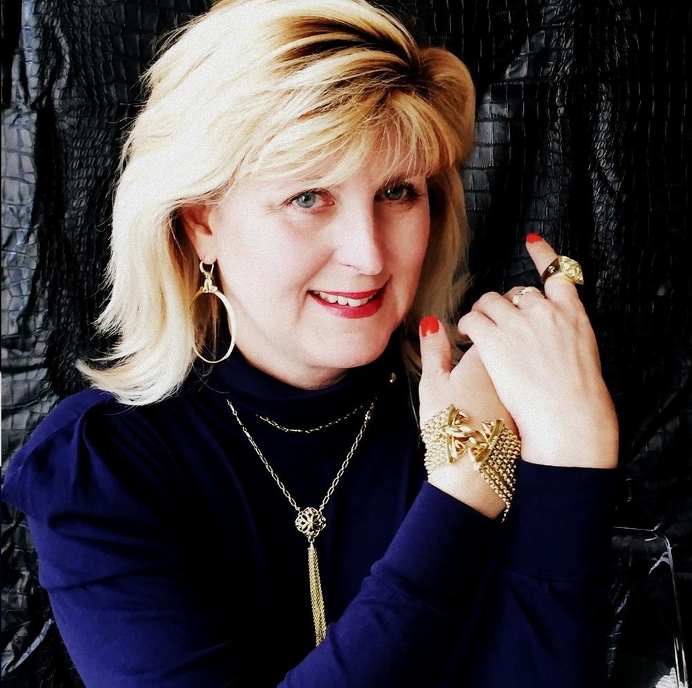 Doreen Creede: Style Maniac & REALM Empress Ambassador.