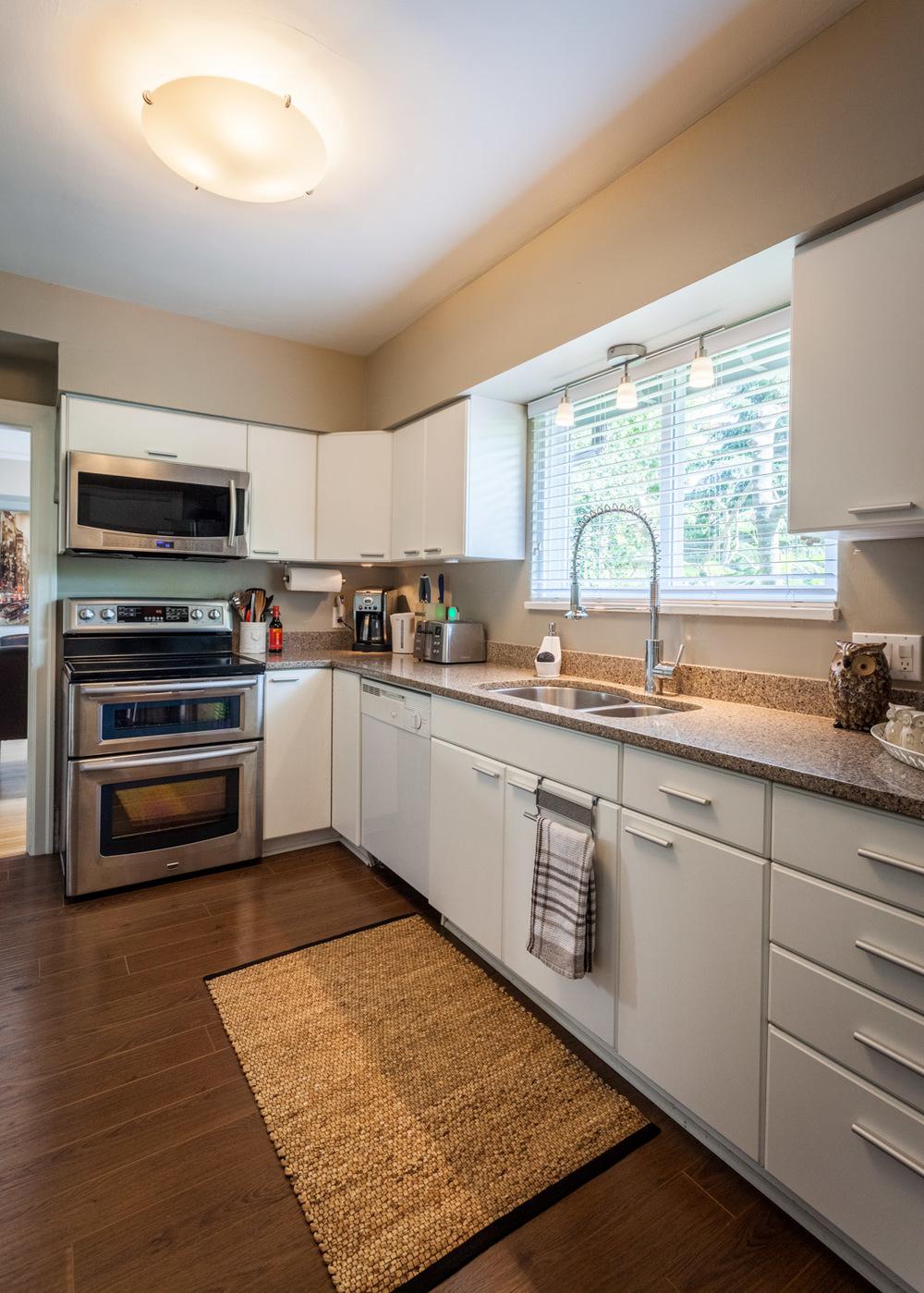 8 main_kitchen_1_MG_4644-HDR.jpg