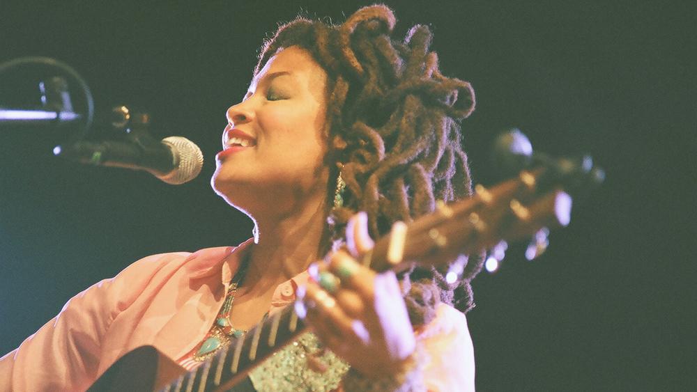 Valerie June.   Photo credit: Drew Bandy