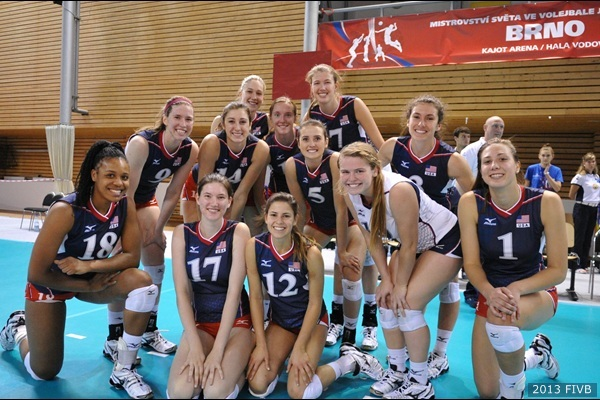 A_Palmer 6-28-13 Team USA Pose After Victory vs Thailand.jpg