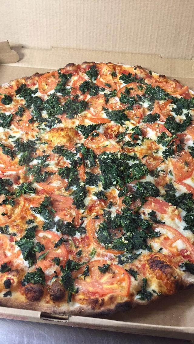 Spinach, Fresh Tomato, and Garlic