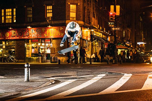Hjalte_kickflip_NYC_photoNilsSvensson.jpg