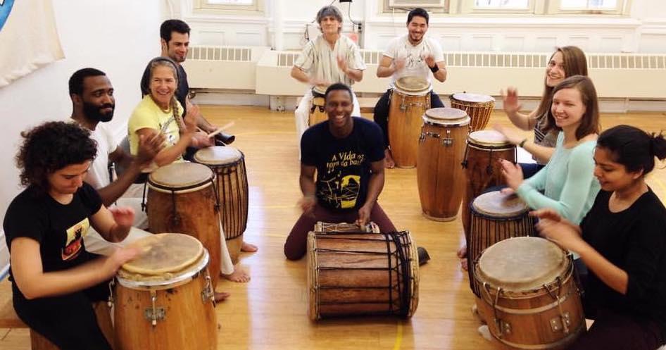 Brazilian drum class w Everton.jpg