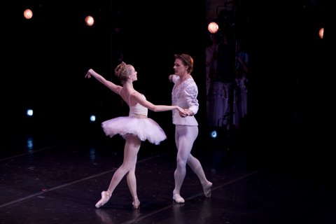 Sterling Hyltin and Daniel Ulbricht- guest dancers Nutcracker Ballet