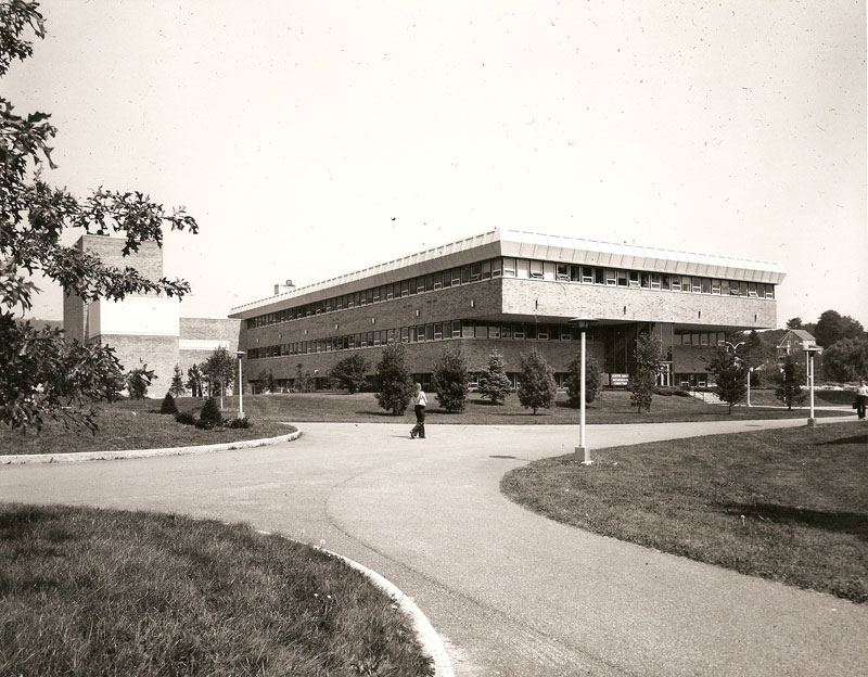 JCC Arts and Sciences Building, late 1970s early 1980s