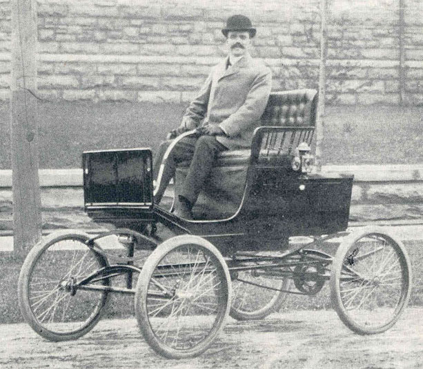 Ralph C. Sheldon's locomobile, early 1900s