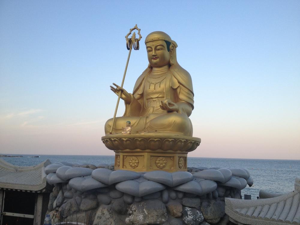 Buddha on the shore