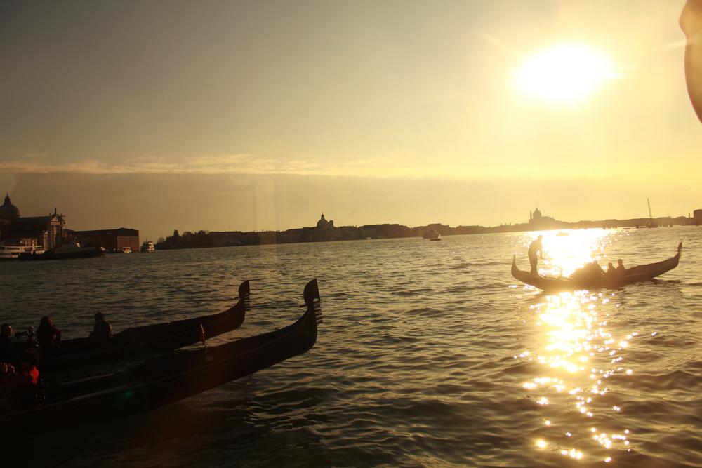 Gondola_sunset.jpg