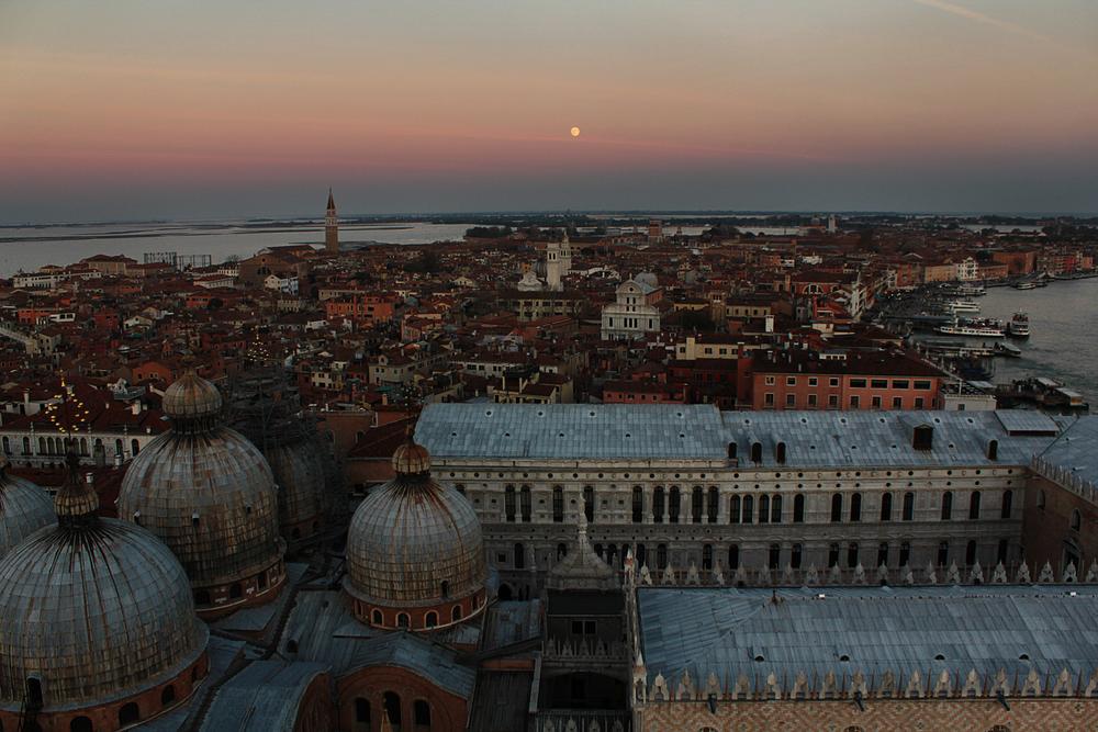 Venezia_sunset.jpg