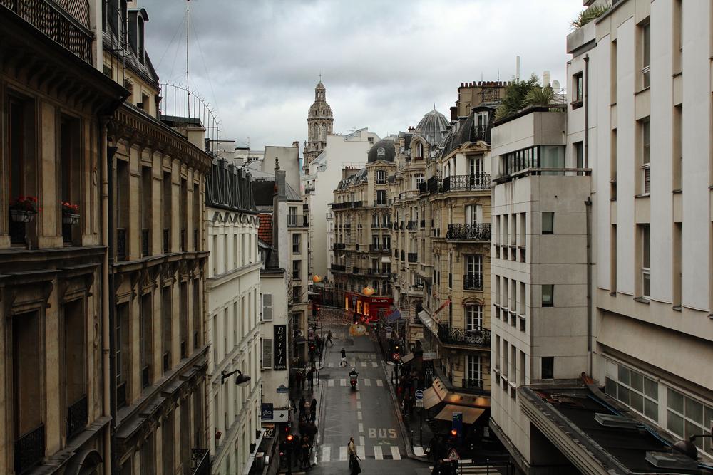 Paris_red_shop.jpg