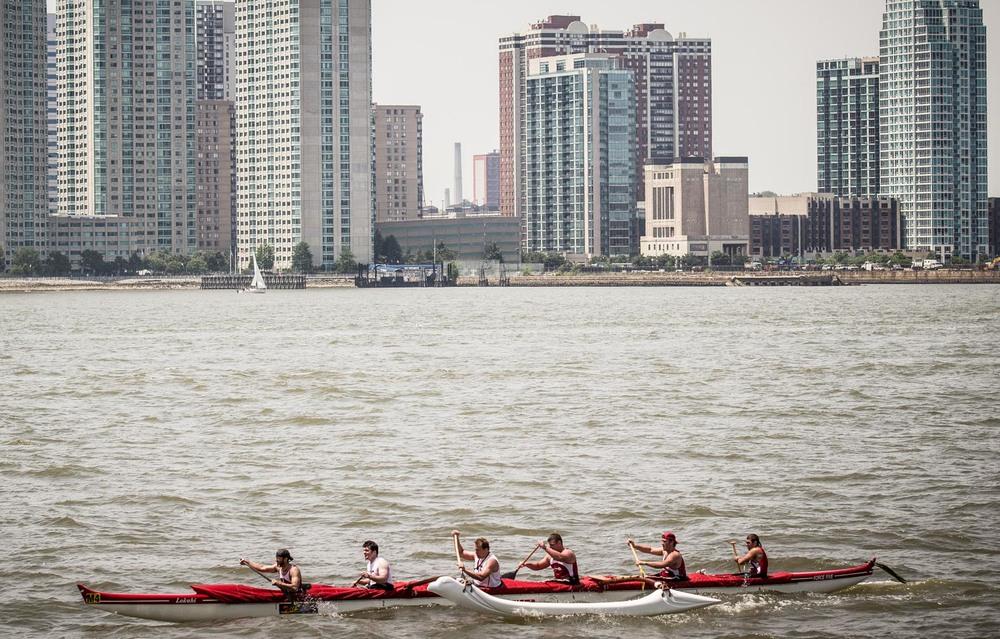 Liberty Challenge 2013 - Men's Crew 15 miles around NYC Harbor,Photo Credit: egil Photo