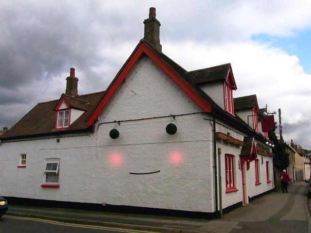 Pub2.jpg