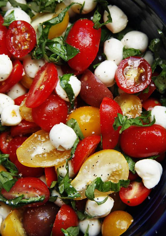 tomato-basil-mozerella-salad1.jpg