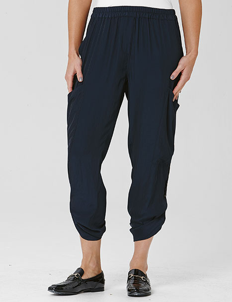 5. Soft Cargo Pant from Mela Purdie. This is one of my all time favourite looks for Spring. Who said basic had to be boring!!
