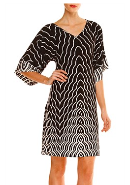 The Ivory Keys Kimono dress is incredibly comfortable, reversible, can be worn with or without a belt and is perfect for all body shapes. Wear as a V neck or boat neck. The longer kimono shape sleeve provides coverage and the black and cream deco print is exclusive to Sacha Drake.Chic Image VIP price $192
