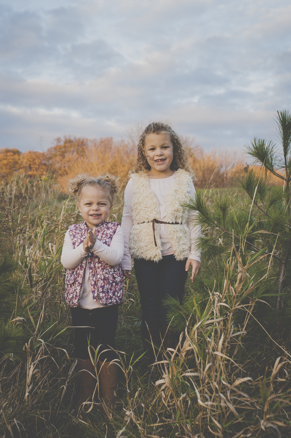 siblings, family photography, Burlington family photographer