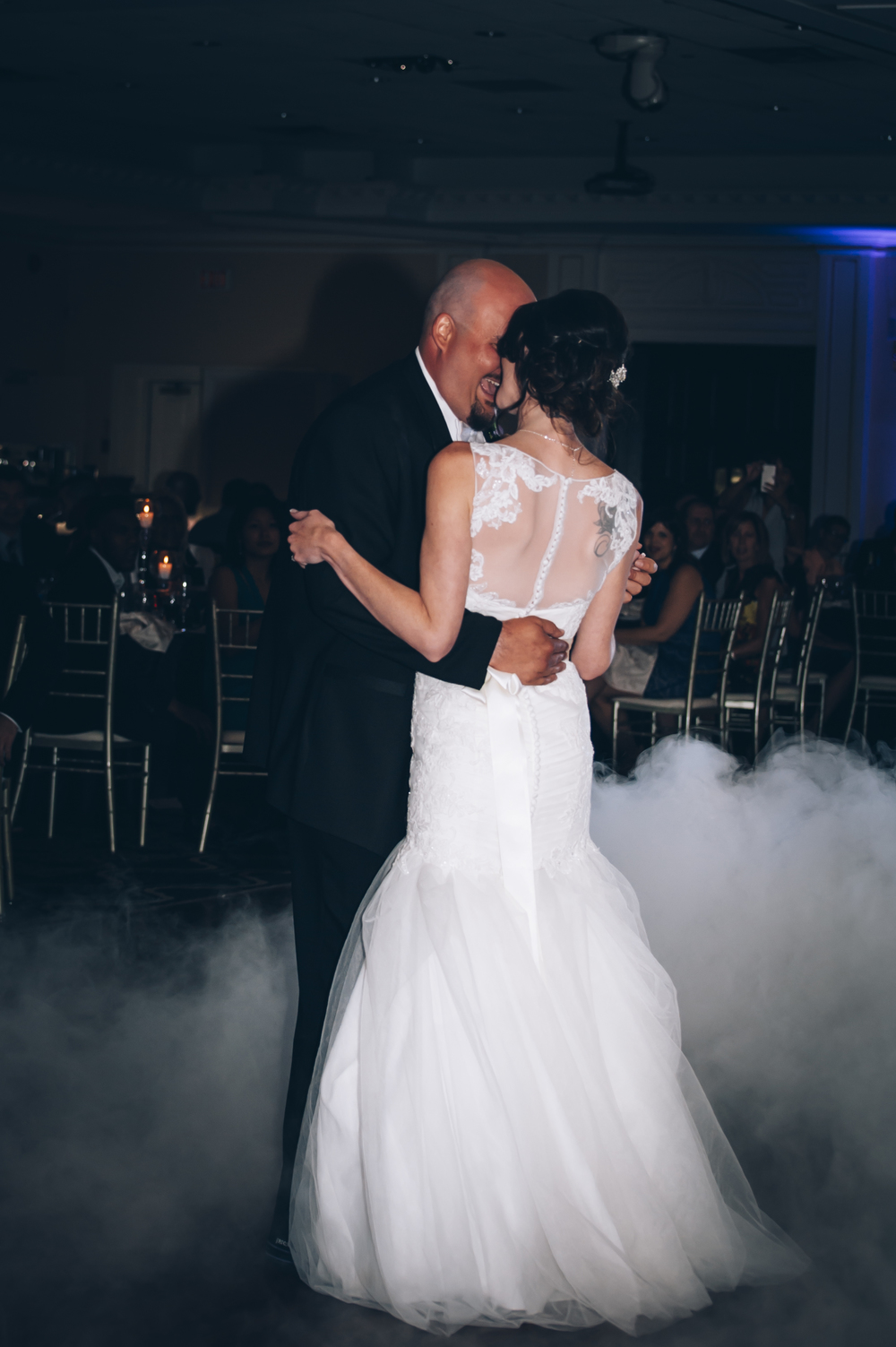 wedding, lifestyle, burlington wedding photographer,love,first dance