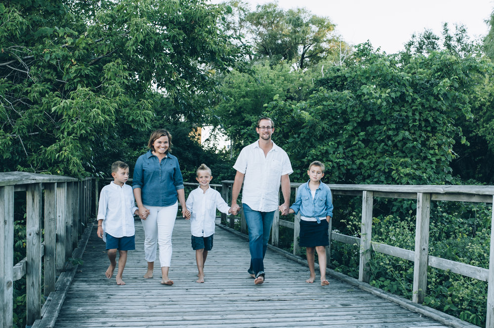 burlington photographer, family photographer, family lifestyle photographer, lifestyle photographer, burlington beach, family