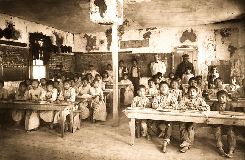 WalapaiIndianSchool_Kingman_ca1900.jpg