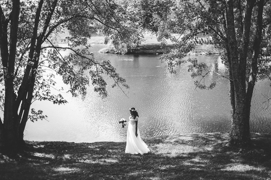 002 Bride in black and white
