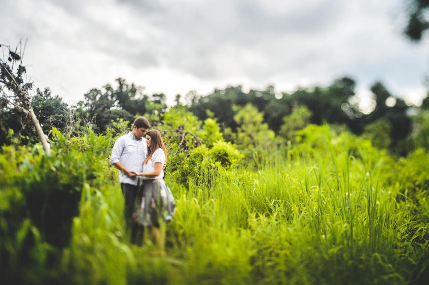 007 creative engagement photo in tall grass