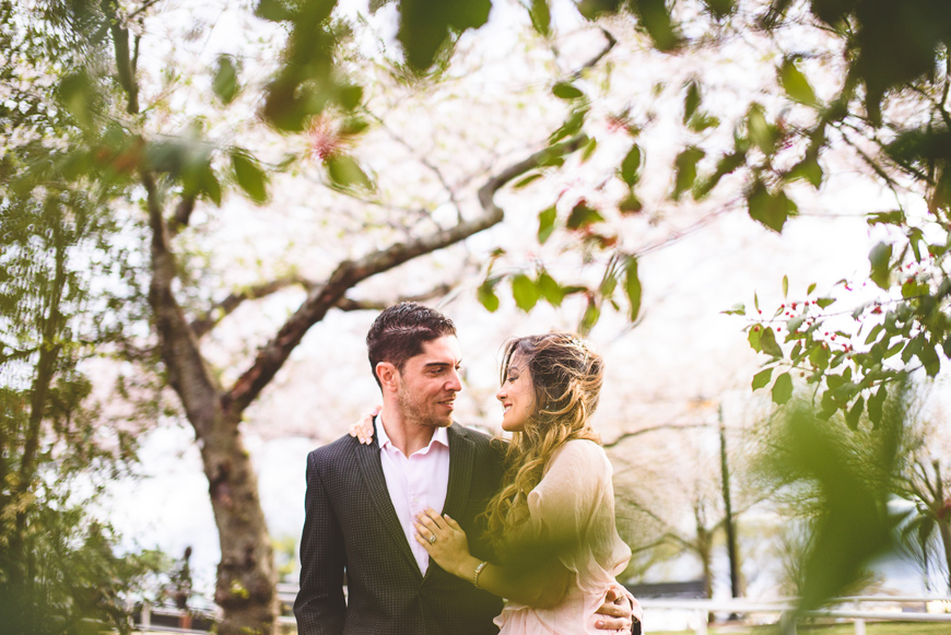 003 creative portrait of couple in trees.jpg