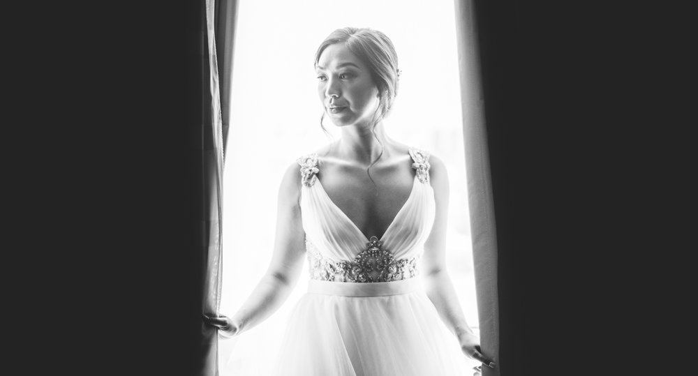 008 creative black and white bridal portrait.jpg