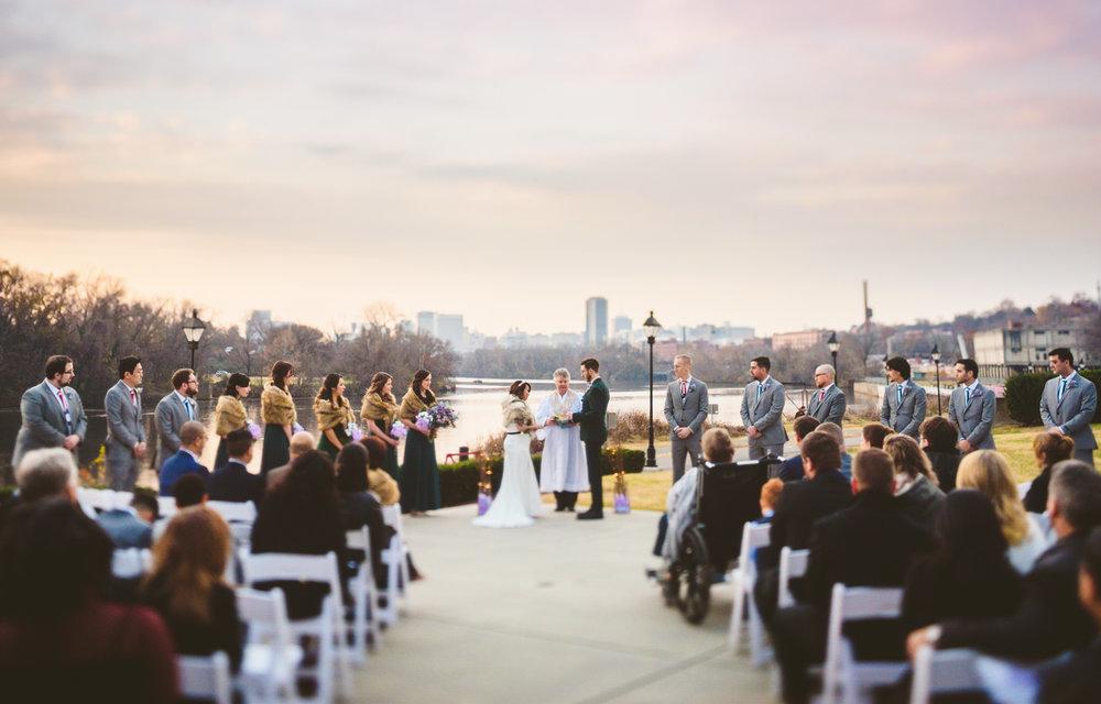 013 - beautiful sunset wedding at the boathouse at rocketts landing.jpg