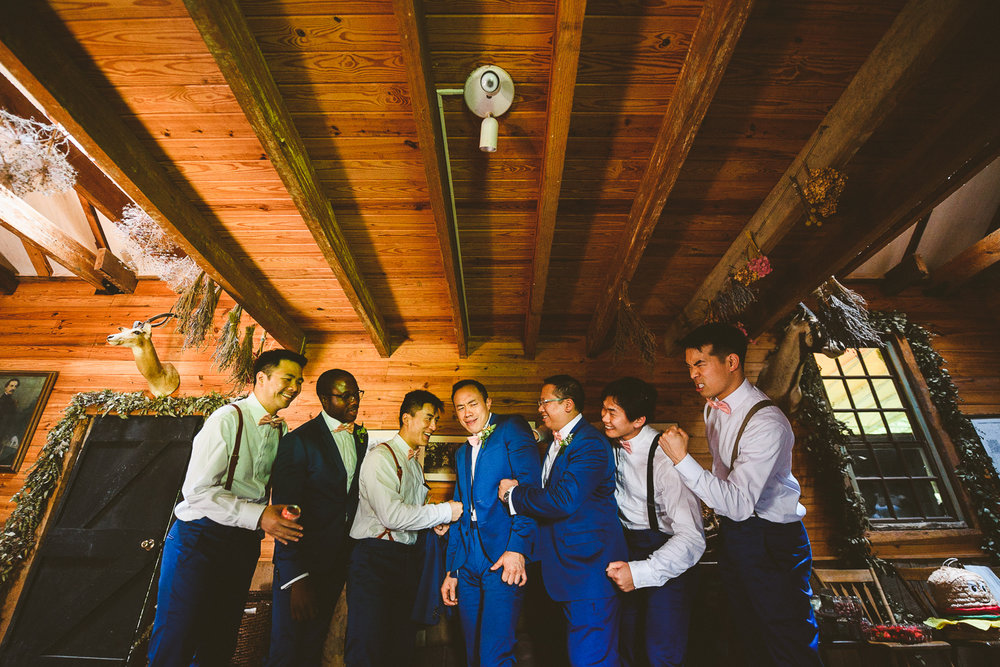 020 - groom and groomsmen funny portrait.jpg