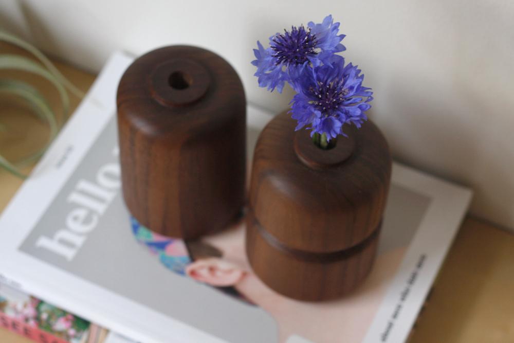 Walnut-Vases-Set_7.jpg