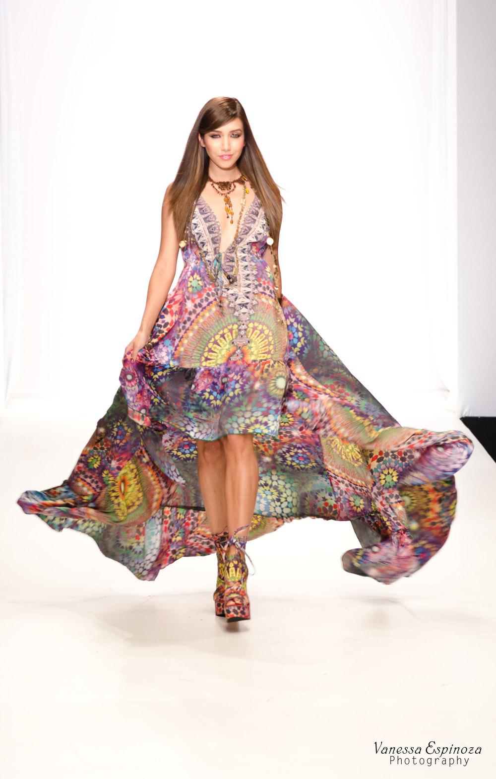 LA Fashion Weekend 2012: Parides