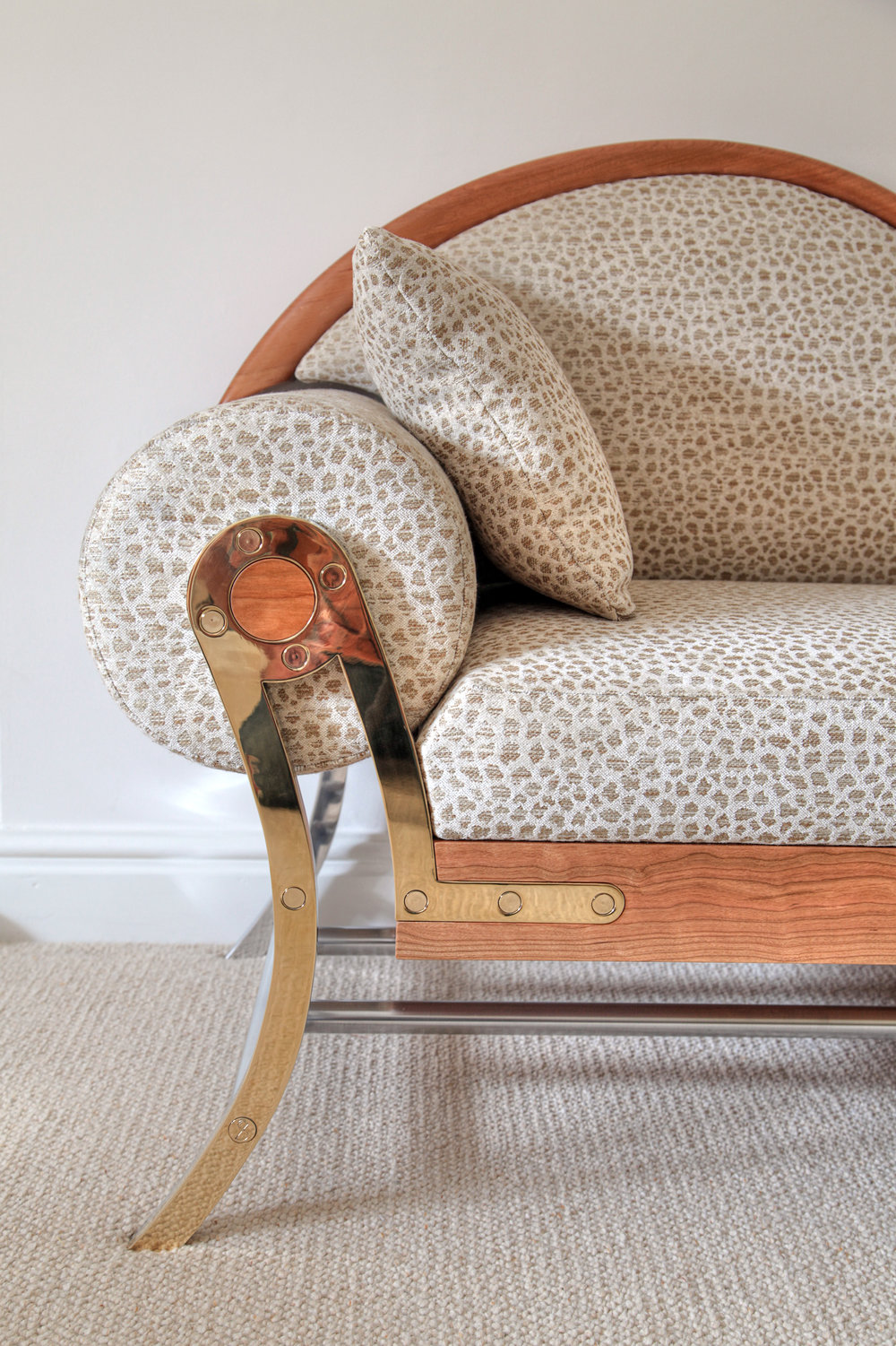 Chaise Longue rolling arm detail
