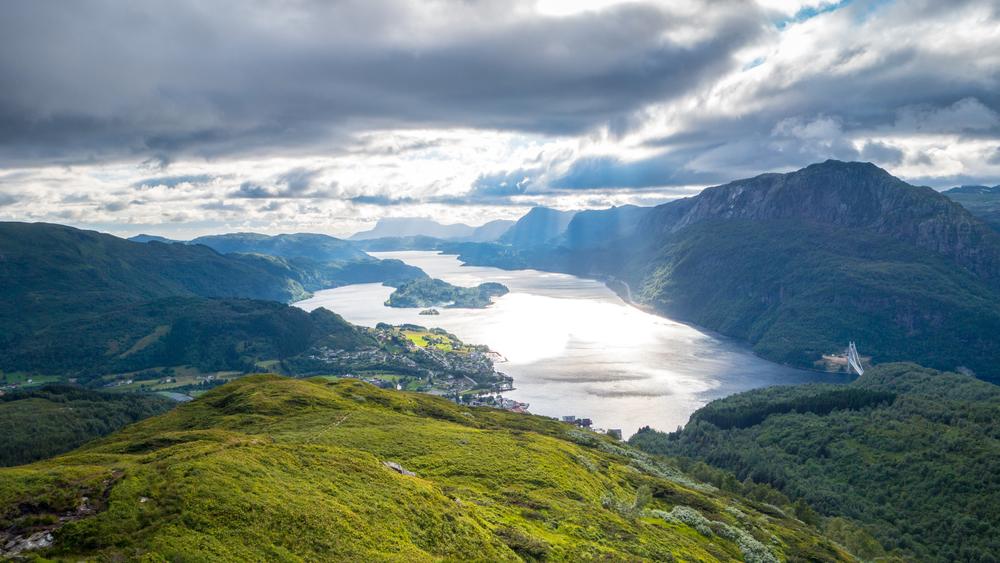 Dalsfjorden frå Jyttlshåjen.jpg