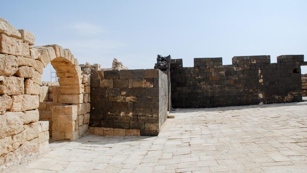 Reconstructed basalt walls