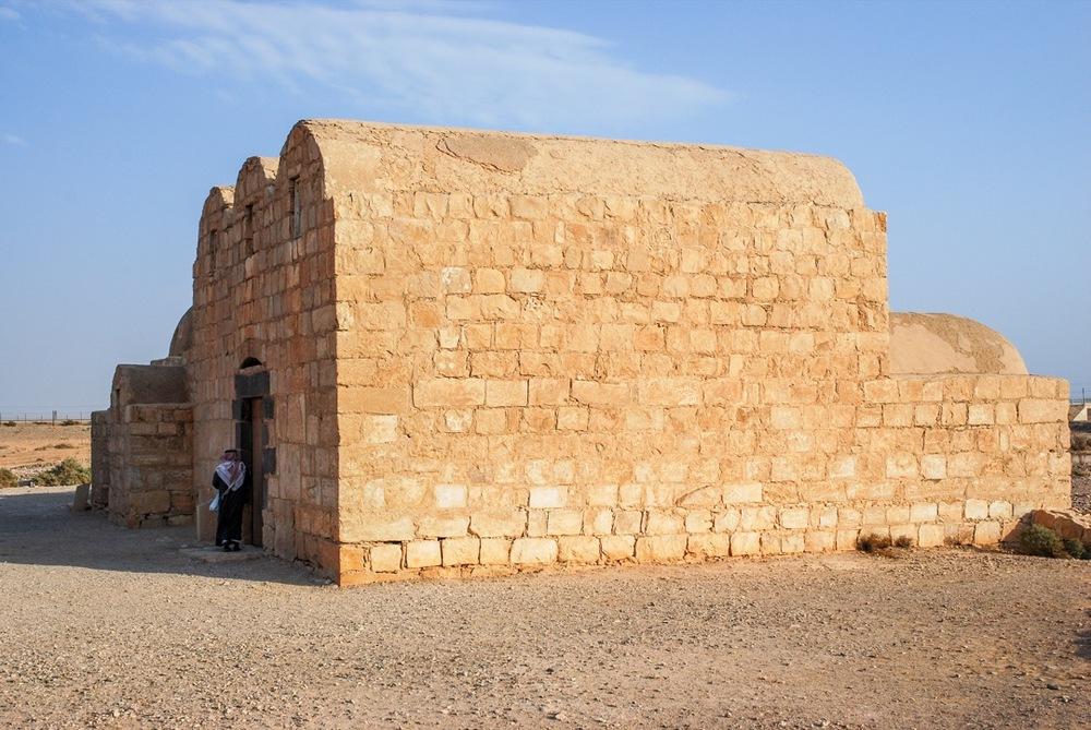 DesertCastles07-Amra12.jpg