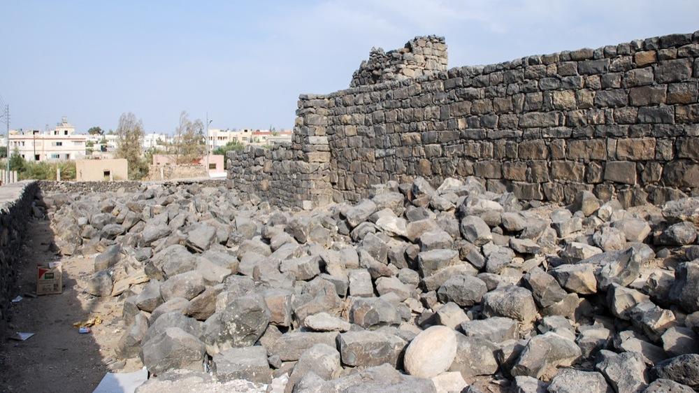 Wall rubble