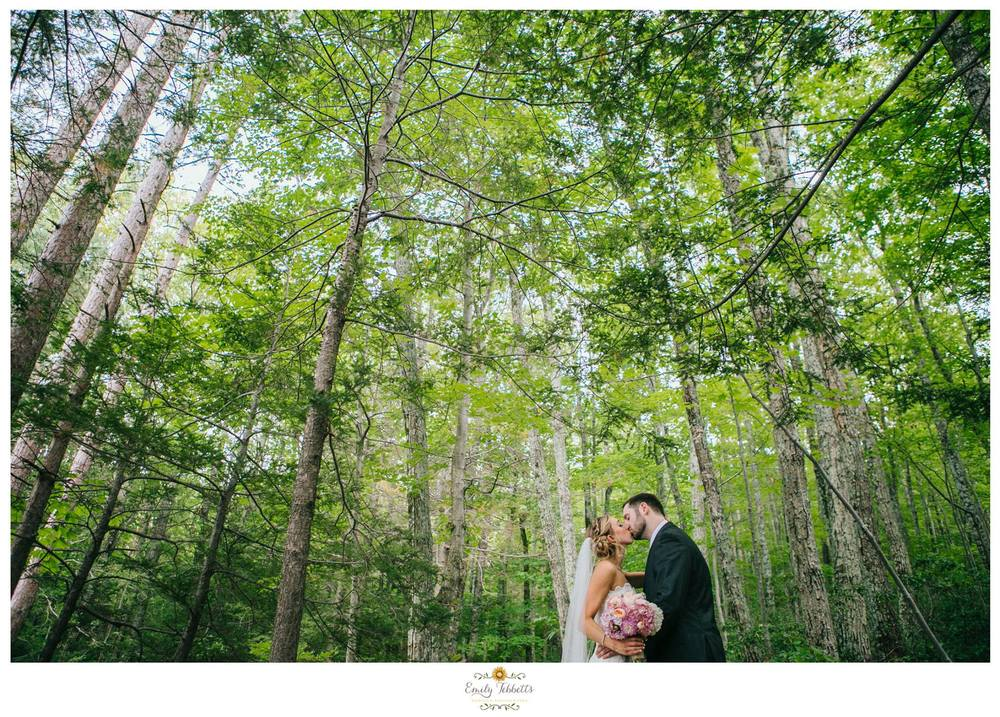Stacie and Dan Onteora Mountain House venue wedding catskills views rustic most popular favorite Emily Tebbetts Wedding Photography New england new york mid atlantic love engagement couple elopement small intimate wedding