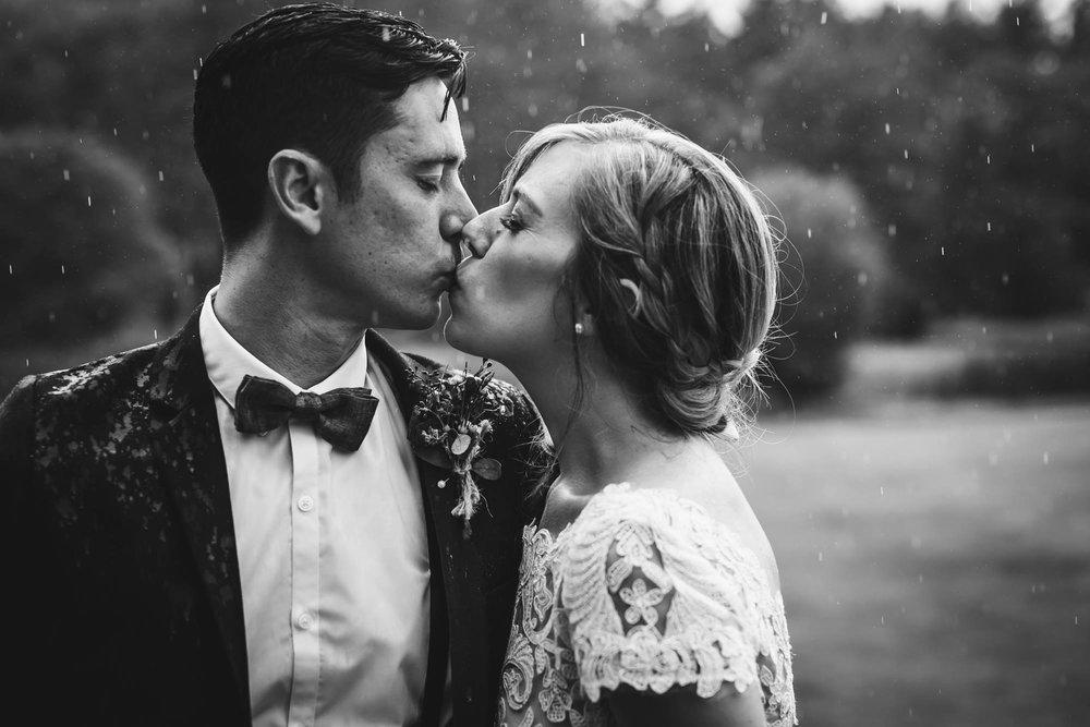 Emily Tebbetts Photography Wedding || Blissful Meadows, Uxbridge, MA 2.jpg