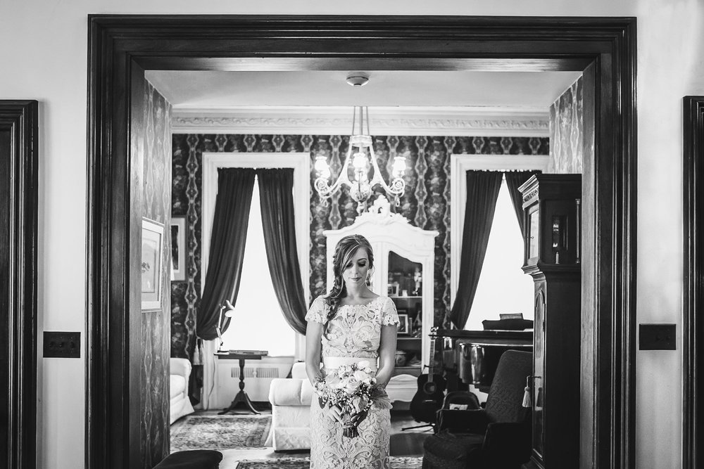 Emily Tebbetts Photography Wedding || Blissful Meadows, Uxbridge, MA 4.jpg