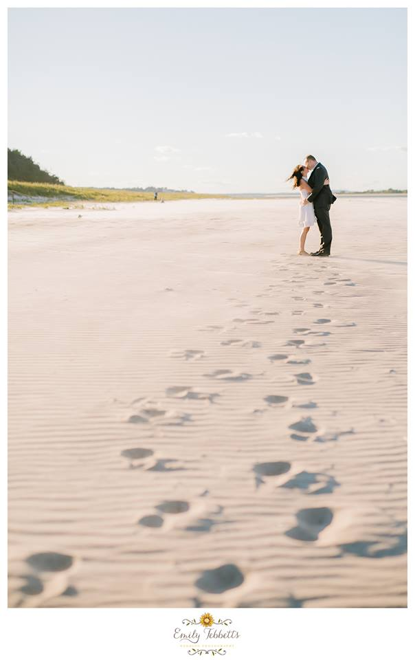 Emily Tebbetts Photography Engagement Session || Crane Beach, Ipswhich, MA 9.jpg