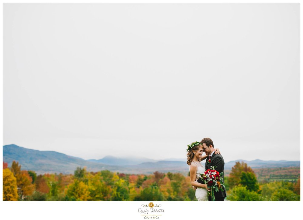 Bellevue Barn, Jefferson, NH - Emily Tebbetts Wedding Photography 1.jpg