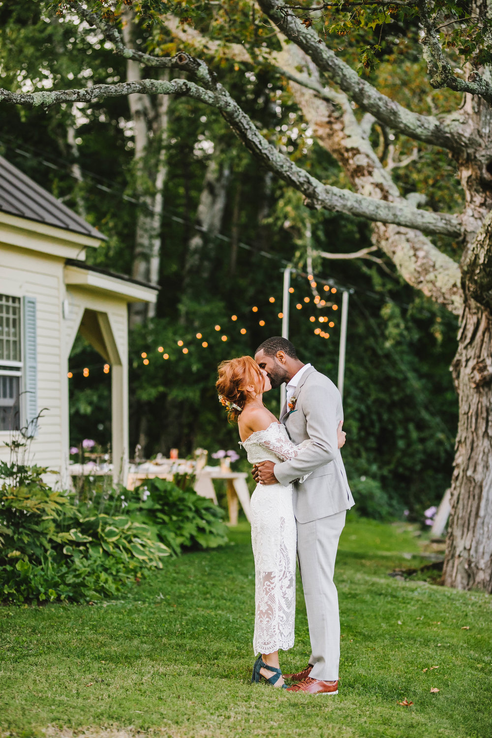 Vermont back yard farm wedding West winds farm vingtage casual unconventional - Emily Tebbetts Photography-24.jpg