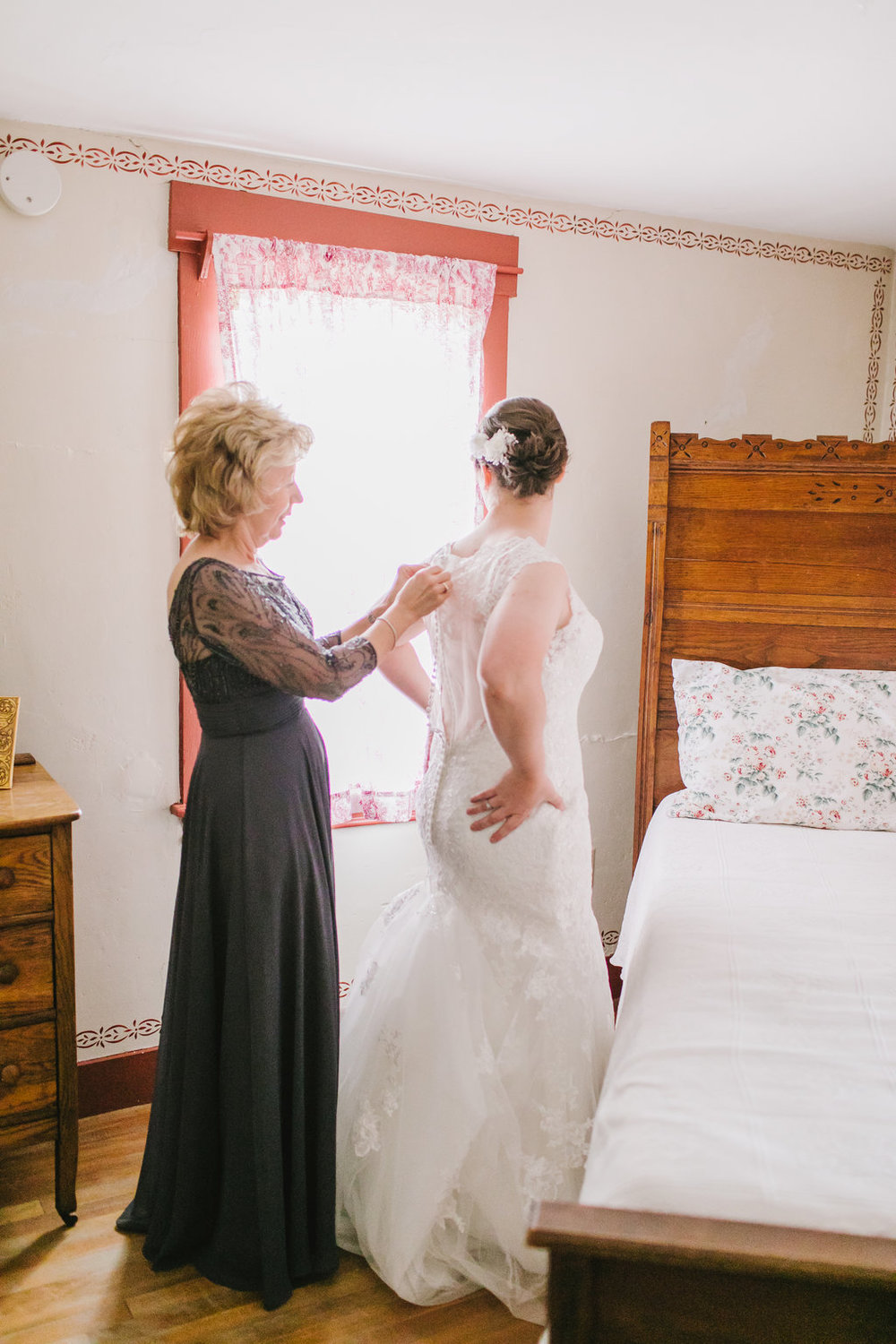 Sarah+JacobWedding-EmilyTebbettsPhotography--32.jpg