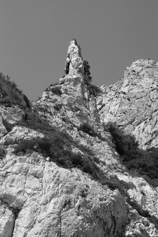 A travers une plaque à gouffre, #1, Marseille, 2015A travers une plaque à gouffre, #3, Marseille, 2015
