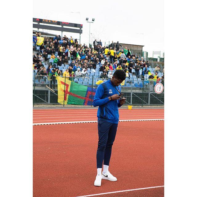Match de gala et ambiance kabyle pour le Red Star  Samedi 23 mars, à l'occasion de la trêve internationale, le Red Star jouait un match amical face à un des clubs les plus populaires et titrés d'Algérie : la Jeunesse Sportive Kabylie. #vicefrance @vice_france #redstar #jskabylie